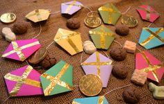 Slinger van mijters voor bij het thema Sinterklaas. Klik op de afbeelding voor de werkbeschrijving!