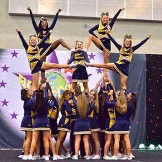 2012 cheer pyramids worlds Cheer Pyramids, Cheerleading Pyramids, Easy Cheer Stunts, Cheer Workouts, Cheer Coaches, Cheer Mom, Cheer Stuff, Cheer Gifts, High School Cheerleading