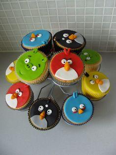 angrybirdscupcake1.large.jpg 800×1.066 pixels