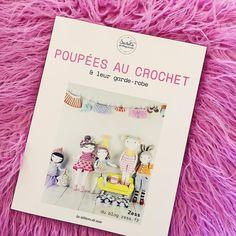 poupées au crochet et leur garde-robe