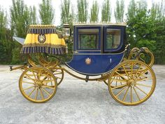 horse-drawn vehicles, and related interests Horse Drawn Wagon, Old Wagons, Classy Cars, Horse Carriage, Commercial Vehicle, Tilbury, Antique Cars, Coaching, Ideas