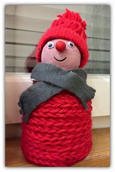 Textile Fabrics, Xmas, Christmas, Handicraft, Crafts For Kids, Crochet Hats, Seasons, Holiday, Party