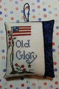 cross stitch US patriotic pillow ornament