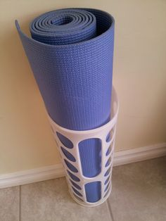 IKEA VARIERA plastic bag dispenser for yoga mat storage. Could be a good idea for the kids in after school program to store their mats Home Gym Basement, Diy Home Gym, Basement Remodeling, Ikea Hacks, Small Office Storage, Inspiration Ikea, Gym Room, Ikea Home, Best Gym