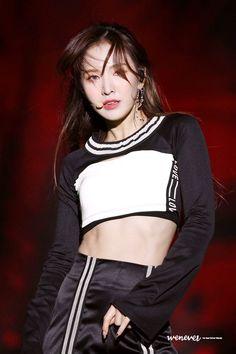 181028 Red Velvet - Busan One Asia Festival Closing Ceremony. Seulgi, Good Girl, South Korean Girls, Korean Girl Groups, Ulzzang, Wendy Rv, Wendy Red Velvet, Kpop Girls, Asian Girl