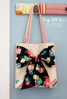 Easy DIY Bow Tote Tu