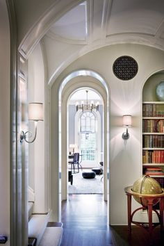 Vaulted ceiling, arched entries and stairs - Peter Pennoyer Architects