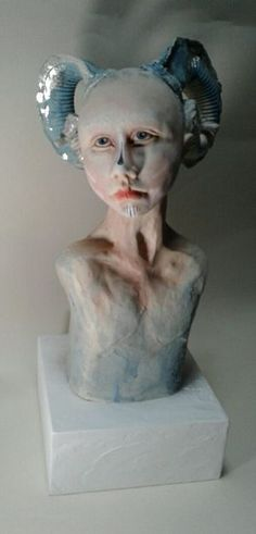 Grace' £395 H 37 cm porcelain stoneware, glaze stains, pigments, inks, Dutch metal leaf christine@christinepike.com