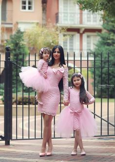 Mother, Sis and I wear pink on Easter Sunday. Mommy And Me Outfits, Family Outfits, Kids Outfits, Mom Dress, Baby Dress, Baby Girl Party Dresses, Girls Dresses, Prom Dresses, Toddler Fashion