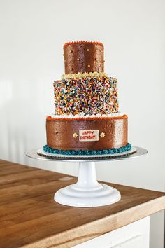 Classic Yellow Cake with Chocolate Cream Cheese Frosting - My Name is Yeh Great Desserts, Delicious Desserts, Chocolate Cream Cheese Icing, Chocolate Buttercream, Molly Yeh, Chocolate Shop, Cake Chocolate, 1st Birthday Cakes, Cake Ingredients