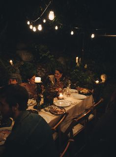Thanksgiving Dinner / Image via: Le Marché St. George #entertaining #fall #autumn