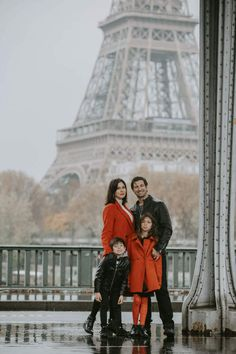 Family photoshoot at the Bir Hakeim Bridge, the iconic venue for a photoshoot in Paris. Looking for a photographer to catch your love story at the Eiffel tower? Contact me for more details! #philarty #weddinginspiration #pariswedding #pariselopement #parisphotoshoot #parisphotographer #photographerinparis #elopement #destinationphotographer #bestparislocations #parislocations #bestviewsofparis #topparisviews #topparisphotographers #destinationphotographer #love #eiffeltower #family #kids… Paris Elopement, Paris Wedding, Family Posing, Family Photos, Last Tango In Paris, Latin Quarter, Paris Metro, Over The Bridge, Beautiful Paris