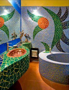 Fun with mosaic tiles in the bathroom! Casa de Cocinas in San Miguel de Allende – Mosaic Mosaic Bathroom, Mosaic Wall, Mosaic Glass, Mosaic Tiles, Cement Tiles, Bathroom Sinks, Tiling, Wall Tiles, Small Bathroom