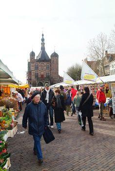 Deventer Brink-Markt wat mis ik de markt, de stofjes, de stroopwafels en niet te…