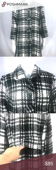 BB Dakota black & white plaid 3/4 sleeve coat Barely worn in very good condition. 3/4 sleeve, perfect for fall. Snap front. Back self belt detail. 2 pockets. Size L. BB Dakota Jackets & Coats
