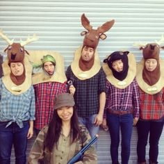 Hunter and Mounted Game Group Costume Idea  #Halloween #Costumes #Group