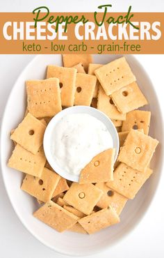 Made fathead style with melted cheese and a… Delicious Keto Pepper Jack Crackers. Made fathead style with melted cheese and almond flour. Easy and delicious and perfect keto snacking! Galletas Keto, Keto Approved Foods, Low Carb Crackers, Keto Diet Benefits, Starting Keto Diet, Keto Cheese, Easy Cheese, Keto Snacks, Low Carb Keto