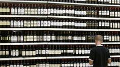Les foires aux vins sont devenues des événements importants de la rentrée. Cette année, l'accent est mis sur les prix bas. Les magasins cherchent aussi à se démarquer, en jouant sur les vins régionaux, étrangers ou atypiques. A FRENCH TRADITION wine festival in most of stores all around the country