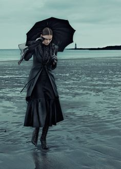 Dec 2015 issue of ELLE Germany features neo-gothic looks with photos by Carl Bengtsson