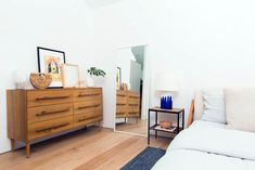 Advanced minimalist green bedroom you'll love