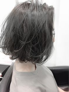 「ワンレンボブ アッシュ」の画像検索結果 Lob Hairstyle, Permed Hairstyles, Chocolate Hair, Short Hair With Layers, Hair Reference, Asian Hair, Girl Short Hair, Love Hair, Hair Today