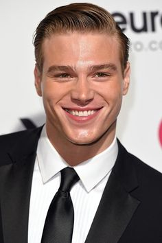 Are you finding Height, Weight, Wiki, Age, Family Biography etc of Matthew Noszka? Cute White Guys, Cute Guys, Portrait Photography Men, Young Cute Boys, Beautiful Men Faces, Male Makeup, Blonde Guys, Hollywood Actor, Actor Model