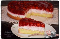 Strawberry mascarpone cake with icing . - Strawberry mascarpone cake with icing Sweet Desserts, Dessert Recipes, Delicious Desserts, Mascarpone Cake, Apple Cookies, Czech Recipes, Hungarian Recipes, Chocolate Caramels, Chocolate Chips