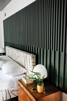 Looking for a unique accent wall idea? This wall might be just what you're looking for! This green accent wall is truly one of a kind. Grab your materials at Genesee Lumber and get to work! Deco Design, Wall Design, Home Bedroom, Bedroom Decor, Master Bedroom, Design Bedroom, Master Suite, Wood Slat Wall, Home Interior