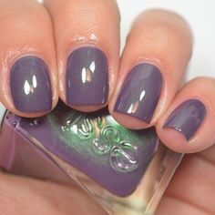 """essie polish """"Twill Seeker"""" from the Gel Couture Atelier collection. Love Nails, How To Do Nails, Pretty Nails, Fun Nails, Nail Polish Colors, Gel Nail Polish, Essie Gel, Essie Polish, Essie Colors"""