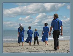 Amish Family at the ocean