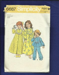 Vintage 1974 Simplicity 6687 Yoke Front Robe Nightgown & Pajamas for Little Girls Size 3