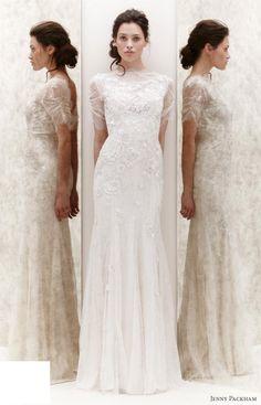 resimli beyaz dantel kısa elbise hangisi daha iyi