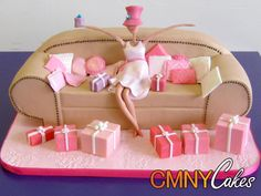 20 of the Best Sofa Cake Ideas You Will Ever See - Stylish Eve Cupcakes, Cupcake Cakes, Baby Bottom Cake, 3d Birthday Cake, Bed Cake, London Cake, Funny Cake, Cake Blog, Gift Cake