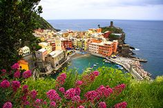 beautiful pic of Vernazza, in Cinque Terre, Italy