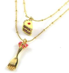 N590 BETSEY JOHNSON TEA PARTY Opening CUP CAKE Muffin w/ Fork Inside Necklace