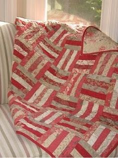 Rouenneries Rail Fence quilt - my fav block with french general fabric Jellyroll Quilts, Scrappy Quilts, Easy Quilts, Amish Quilts, Quilt Baby, Strip Quilts, Quilt Blocks, Quilting Projects, Quilting Designs