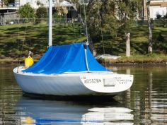 Etchells: Sailing Boats | Boats Online for Sale | Fibreglass/grp |  New South Wales (NSW) - Pelican Nsw - Etchells 30 in great condition.   Built in 1985  Inclusions.   Anchor and rope  Boat hook  New bilge pump  4 Life jackets  2