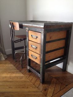 36dbee1da65998e928d0fde8d25a3fe1--industrial-furniture-vintage-industrial.jpg 600 × 800 pixels