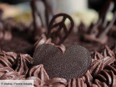 Gâteau royal : les meilleures recettes de Trianon faciles et rapides à faire Chocolate Icing, Chocolate Hearts, Chocolate Cream, Best Chocolate, Cute Couple Images, I Love You Pictures, Love Images, Hd Images, Pictures Images