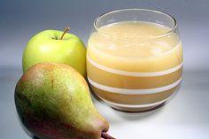 APPEL PERENSAP - Voor 4 personen: 1 appel, 1 peer, beetje honing of suiker naar smaak, 1 scheutje citroensap, 300 ml koud water, wat ijsblokken. Bereiding: was het fruit en snijd het in stukken en verwijder het klokhuis, doe alles in uw blender AEG SB7300S, mix tot een sap, even zeven voor helder sap
