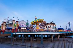 Galveston travel guide on the best things to do in Galveston, TX. 10Best reviews restaurants, attractions, nightlife, clubs, bars, hotels, events, and shopping in Galveston.
