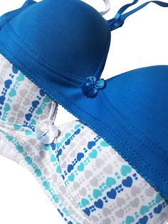 3a6bdc915 Trimfit Girls 2-Pack Lightly Lined Wirefree Cotton Bra (Diagonal  Hearts Blue) - 32Aa