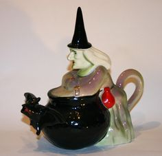Witch teapot Parrington's early teapot depicting a Witch brewing her tea in a cauldron! Prefer an Earl Grey myself!