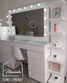 When decorating the home, especially for bedroom and dressing rooms, it is important to pay attention to all elements. In this case, makeup room ideas become another vital point. This all about make room decor ideas for your inspiration. Teen Bedroom Designs, Bedroom Decor For Teen Girls, Bedroom Furniture Design, Room Ideas Bedroom, Teen Room Decor, Small Room Bedroom, Pinterest Room Decor, Makeup Room Decor, Cute Room Decor