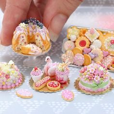 And we brought minis . These new pieces are now in our Etsy store (link in bio) Miniature Crafts, Miniature Food, Miniature Dolls, Chibi Food, Cupcake Display, Tiny Food, Polymer Clay Miniatures, Mini Things, Yummy Cupcakes