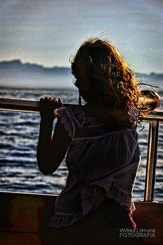 Fotografías para decorar. Silueta mirando el mar de Wifred Llimona. http://www.lallimona.com/foto/estilo-de-vida/