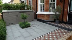 Victorian mosaic tile path yellow brick front garden wall granite paving bin bike store metal rail Yorkstone paving Contact anewgarden for more information Granite Paving, Brick Paving, Brick Path, Victorian Front Garden, Victorian Terrace, Fresco, Victorian Mosaic Tile, Front Path, Small Front Gardens
