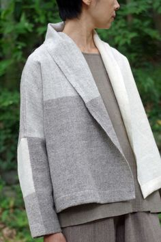 kimono jacket se hai un bel plaid Look Fashion, Womens Fashion, Fashion Tips, Fashion Design, Fall Fashion, Magnolia Pearl, Kimono Jacket, Schneider, Yohji Yamamoto