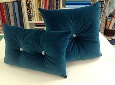 STUNNING EMERALD GREEN VELVET CUSHIONS WITH DIAMOND EFFECT BUTTONS Fabulous Emerald Green Velvet Cushion With Diamond Effect on both sides in the