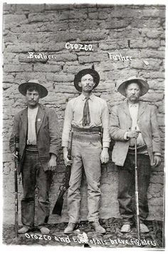 Them good ole days. Pancho Villa, Mexican American, Mexican Art, 1910 Mexico, Mexico People, Mexican Revolution, Chihuahua Mexico, Army Love, Band Photos